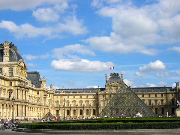 Louvre Museum., Paris, France.