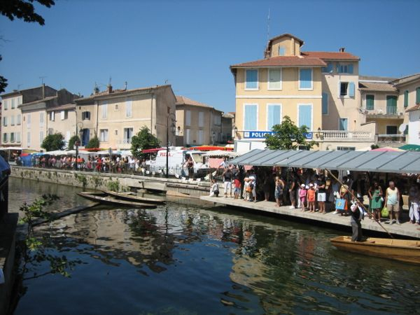 L'Isle-sur-la-Sorgue, Beautiful Places France