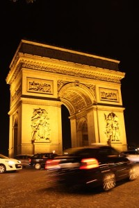 save money, car rental, Arc de Triomphe, Paris, France