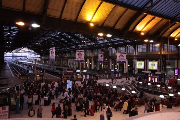 Paris Train Station Afford To Travel to France