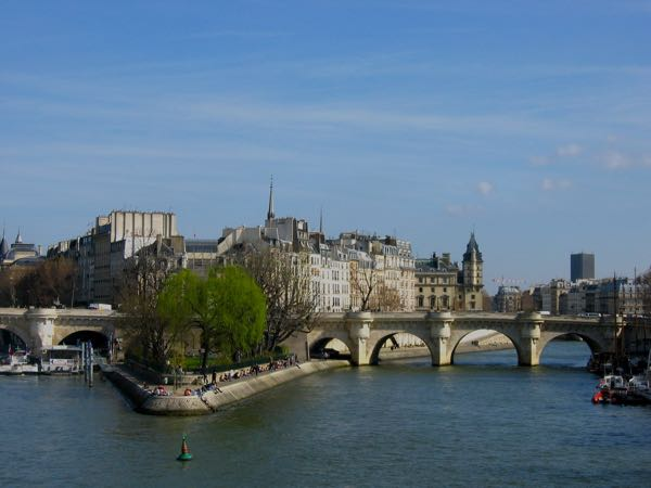 Pont Neuf Paris, France