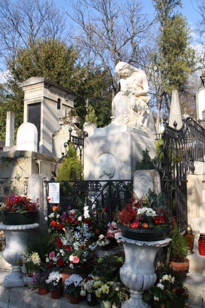 Cimetiere du Pere-Lachaise, Paris France.