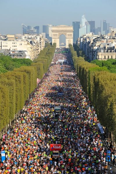 Paris Marathon start on the Champs Elysee Running in France