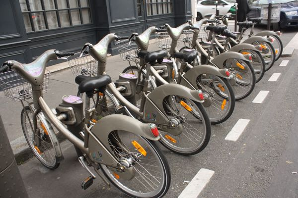 Velib bicycle sharing in Paris Active Boomer
