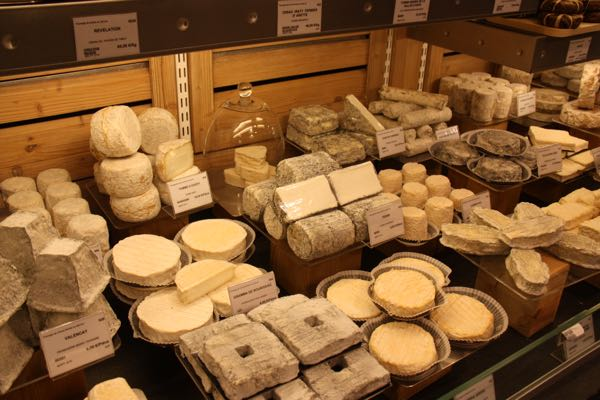Picnic Fromager Laurent Dubois Cheese Paris, France
