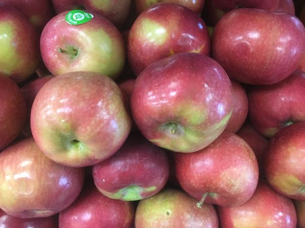 Stomach problems: eat apples