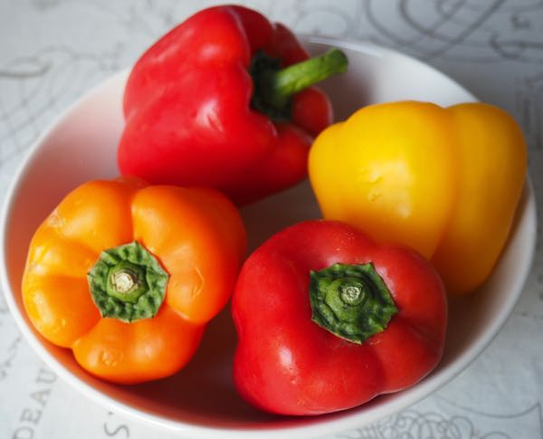 Stomach problems: eat peppers