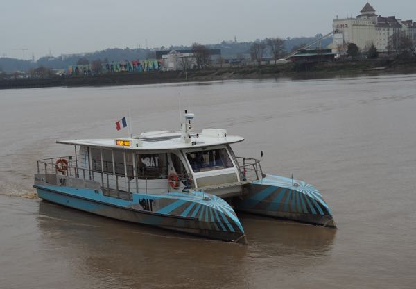 Boat Tour on Bordeaux River-Bus BatCub