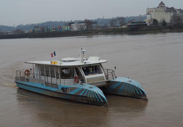 Boat Tour on Bordeaux River-Bus BatCub