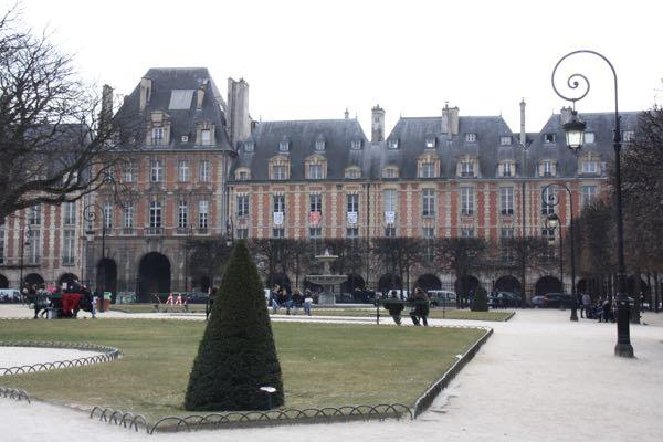 Off-season: Place des Vosges, Paris in March