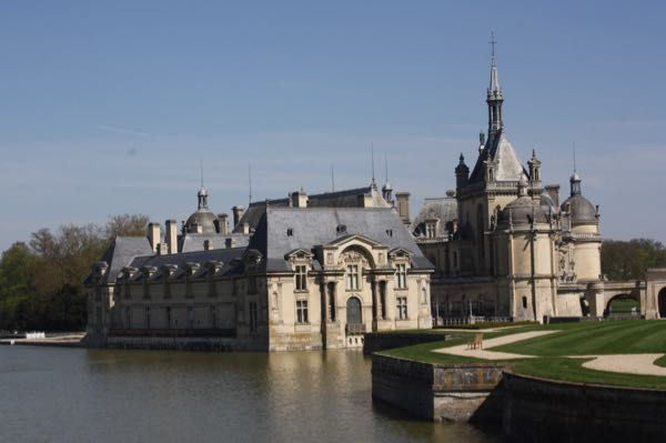 Leisurely drives through France and seeing Chateau de Chantilly