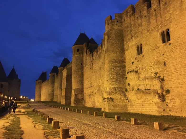 Fortress walls-Carcassonne (J. Chung)