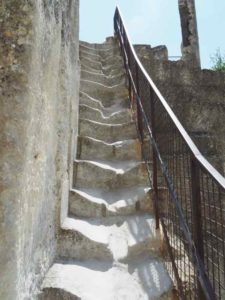 Visit Le Chateau des Baux de Provence While You Can. Here are some stairs you have to navigate.