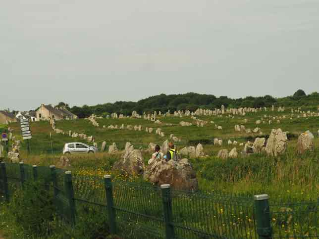 Carnac's Megalithic Alignments