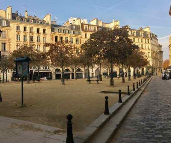 Place Dauphine,Paris( Photo- J Chung)