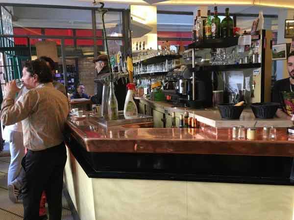 Copper counter at Le Petit Choiseul Paris (Photo- j Chung)