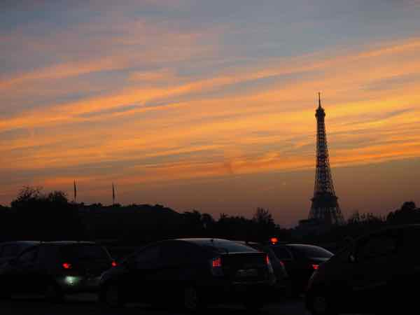 Paris at night (J. Chung)