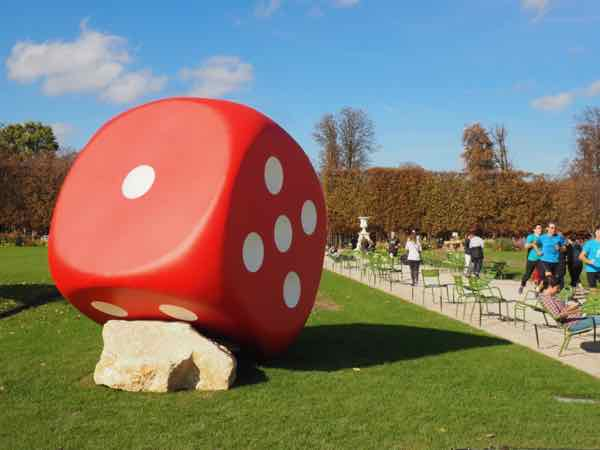 Art on display at Tuileries Gardens, Paris (J. Chung)