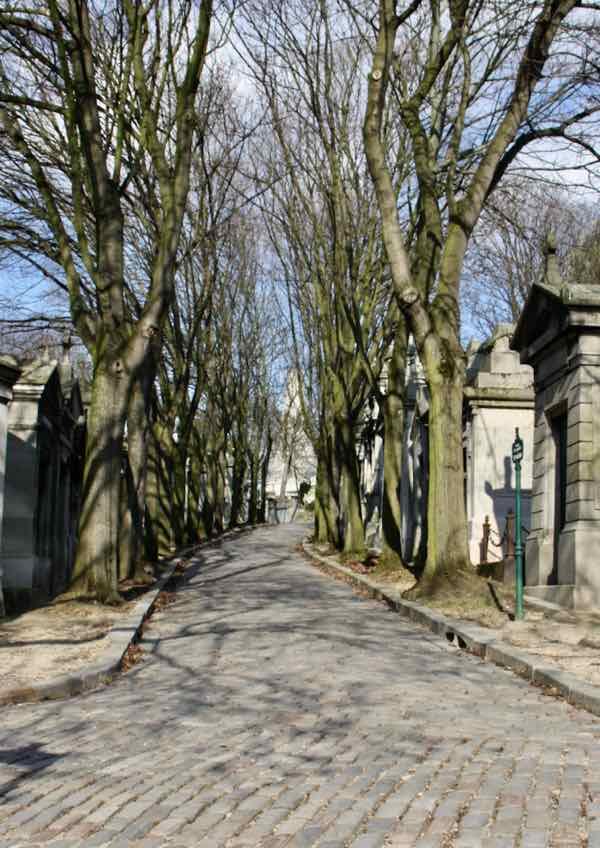 Pere Lachaise Cemetery (J Chung)