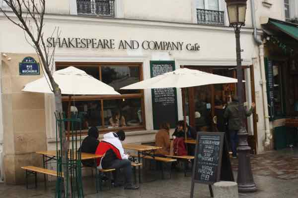 Shakespeare and Co Cafe (J. Chung)