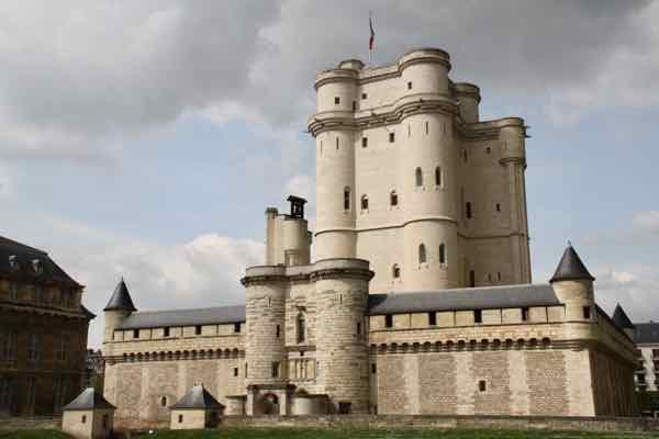 Chateau de Vincennes (J. Chung)