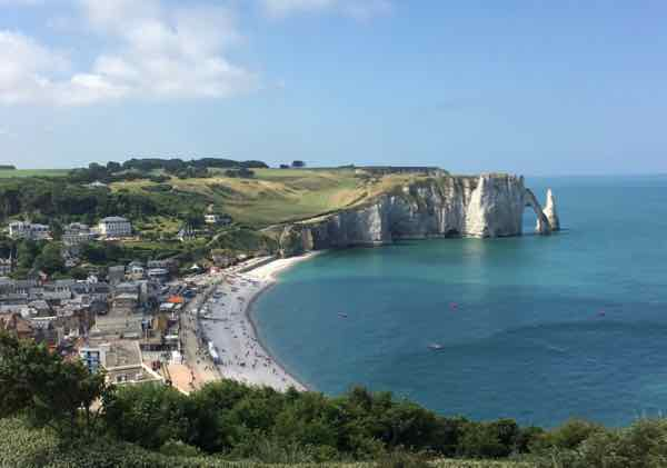 Best ways to see the cliffs at Etretat