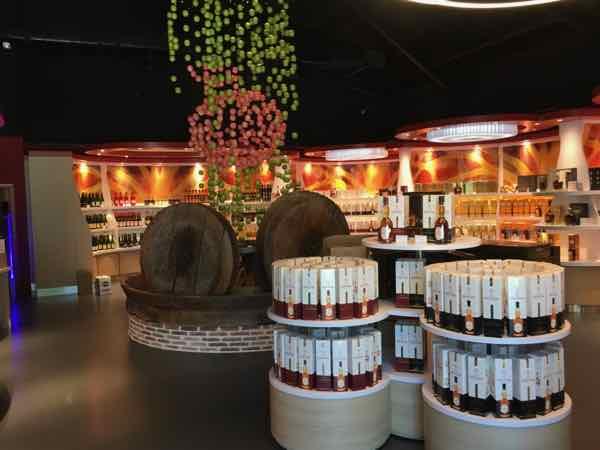 Calvados Experience boutique (J. Chung)
