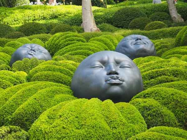 Impressive Views And Exhibits At Les Jardins D Etretat France