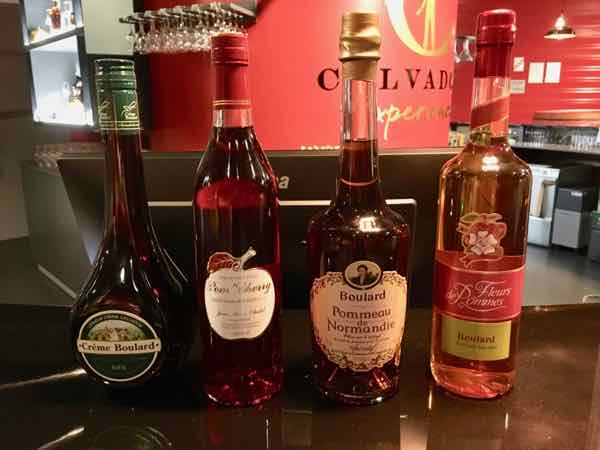 Pommeau tasting at the Calvados Experience (J. Chung)
