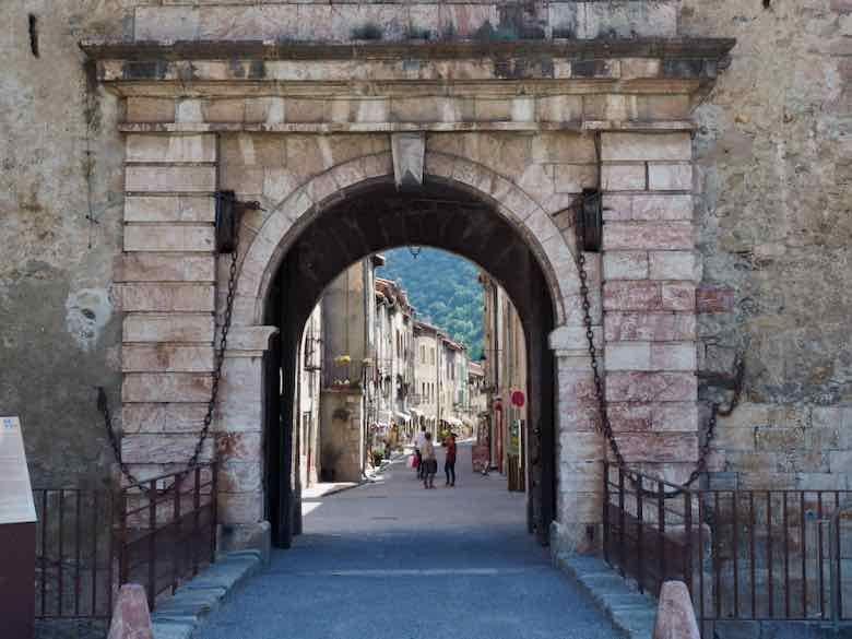 Villefranche de Conflent-Les Plus Beaux Villages de France (J. Chung)