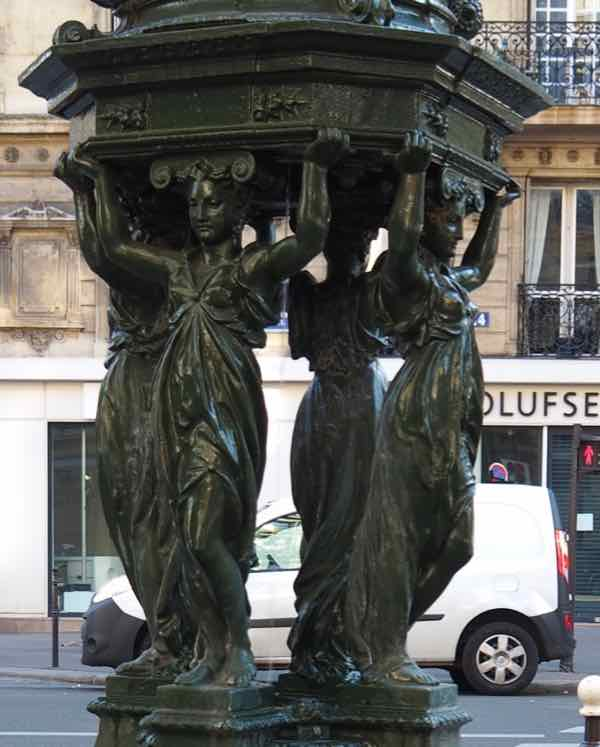 Four caryatids-Wallace Fountain (J. Chung)