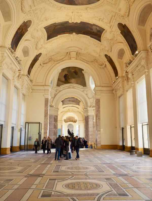 Grand galerie at Petit Palais, Paris (J. Chung)