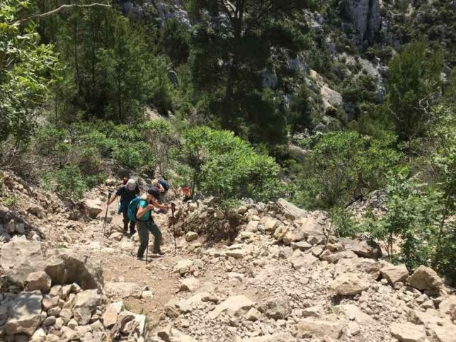The climb near Calanque d'En Vau (J. Chung)