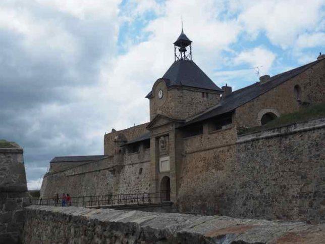 Citadel of Mont-Louis (J. Chung)