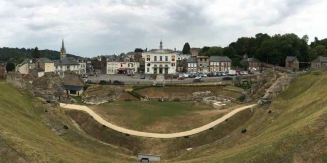 Roman Amphitheatre in Lillebonne (J. Chung)