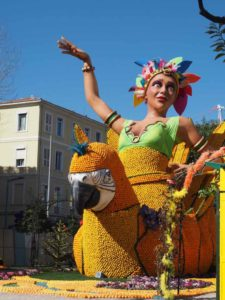 Lemon Festival in Menton sculpture (J. Chung)