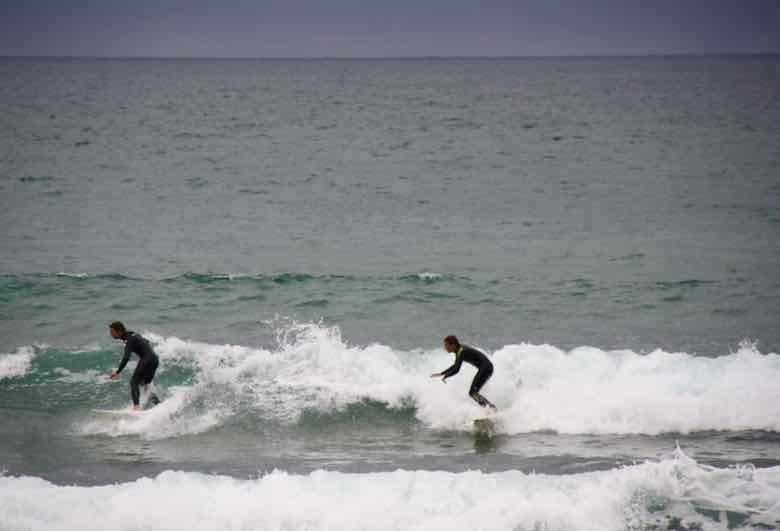 Surfers in Biarritz (J. Chung)