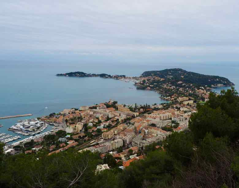 View from the Moyenne Corniche (J. Chung)