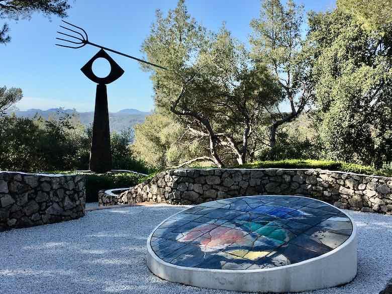 La fourche by Joan Miro-Fondation Maeght (J. Chung)