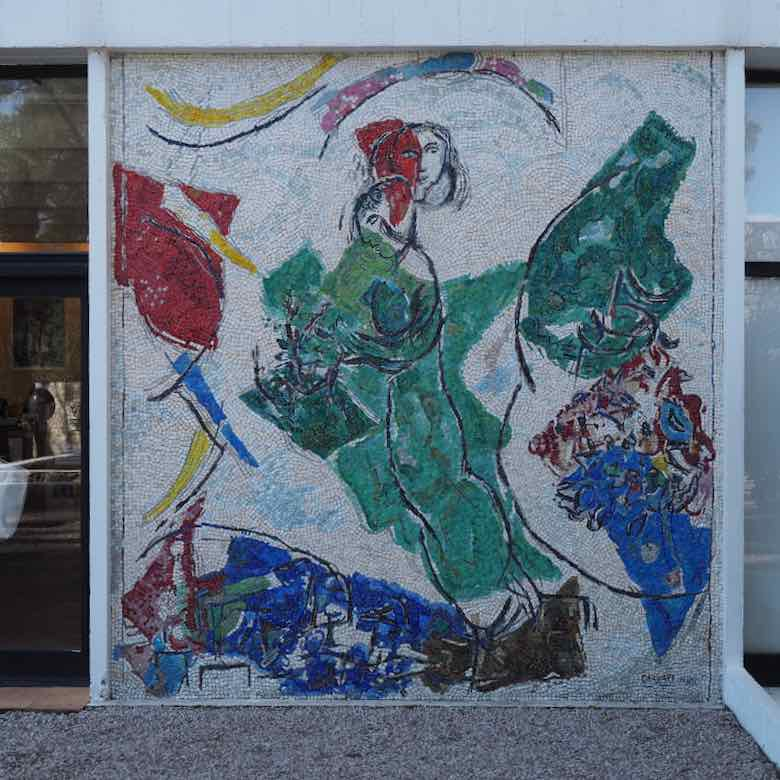 Les amoureux by Marc Chagall-Fondation Maeght (J. Chung)