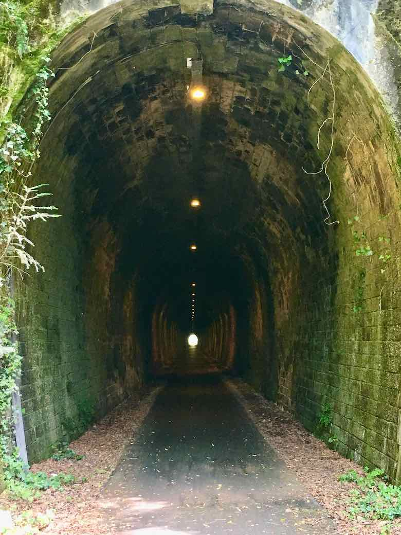 Tunnel on the greenway Sarlat to Cazoules (J. Chung)
