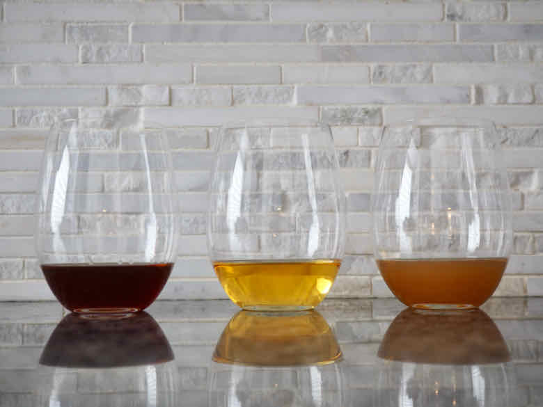 Pommeau, Calvados mixed with apple juice and Calvados mixed with apple cider
