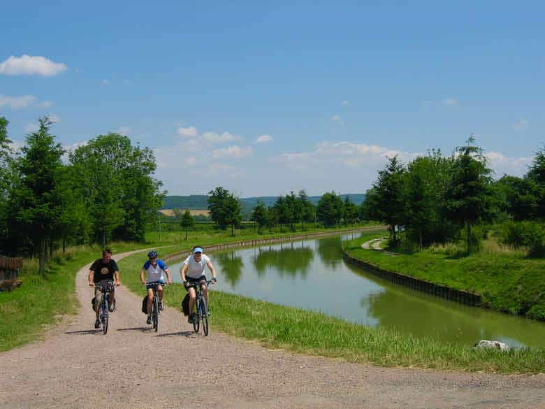 Biking in Burgundy in high season
